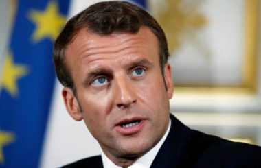 Макрон анонсировал «длинную» и «насыщенную» беседу с Путиным